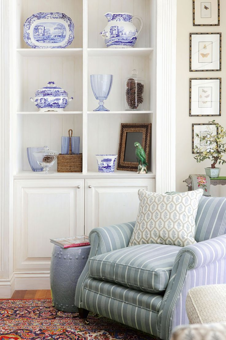 Stylish in the Hamptons - Get The Look                                                           C oastal Cues      Capture the ess...