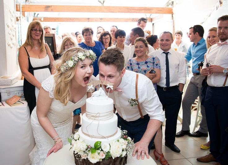 Cassie and Mark Noosa wedding, Berados on the beach, Phill Jackson Photographer