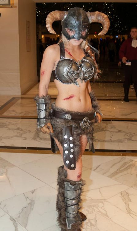 Skyrim. Maybe one day I'll have abs like that.