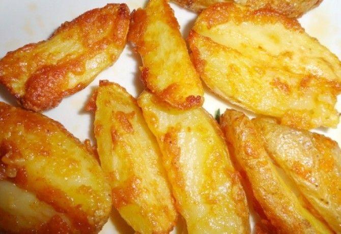 Parmezános sült burgonya recept képpel. Hozzávalók és az elkészítés részletes leírása. A parmezános sült burgonya elkészítési ideje: 50 perc