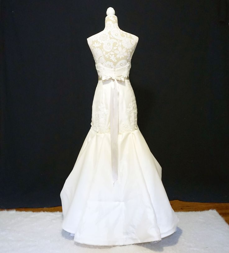 Wedding Dress Bustle: Pin By Alterations And Sewing By Yvonne On Bustle Examples