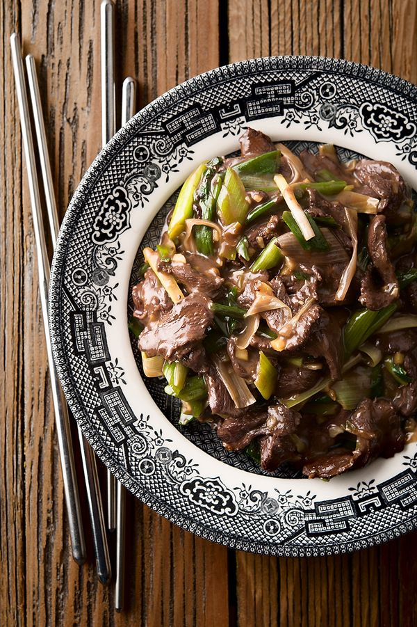 A simple, authentic Chinese duck stir fry with scallions. Recipe in Hunter Angler Gardener Cook: http://honest-food.net/