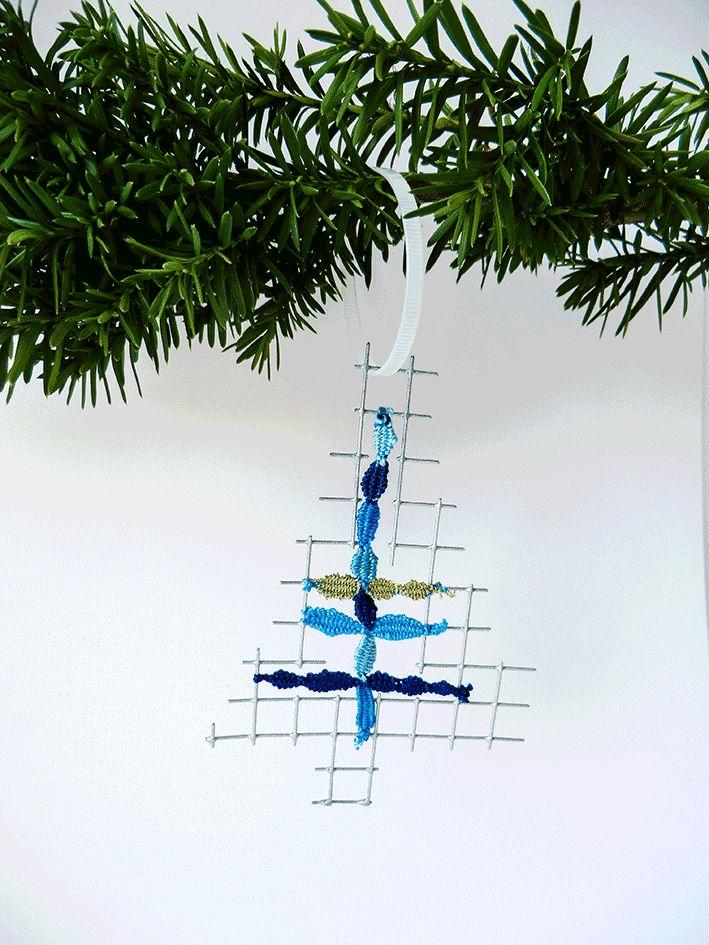 xmas tree by Uli Baysie
