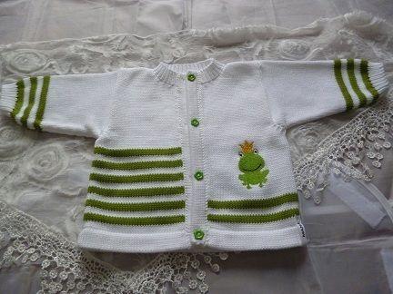 Babyjacke Froschkönig von MANA-Strickdesign auf DaWanda.com
