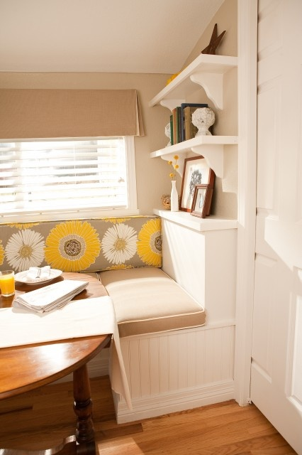 bright, cheery breakfast nook