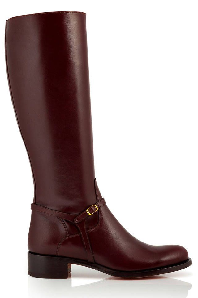 Shop the 10 best flat boots for fall: