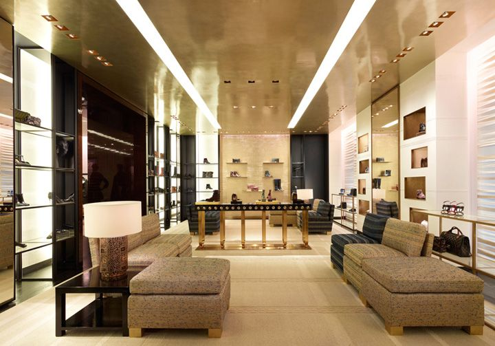 Chanel flagship store by peter marino london store for Retail interior design agency london