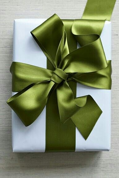 Green Satin Bow ....