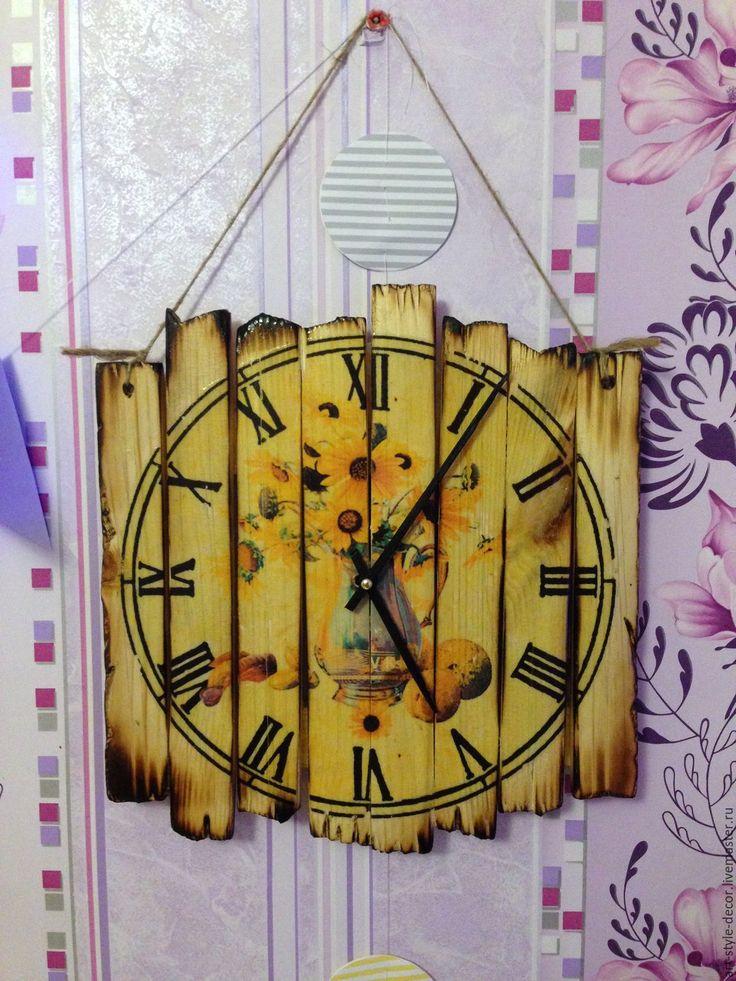 Купить Настенные часы из досок - комбинированный, часы настенные, часы интерьерные, часы ручной работы