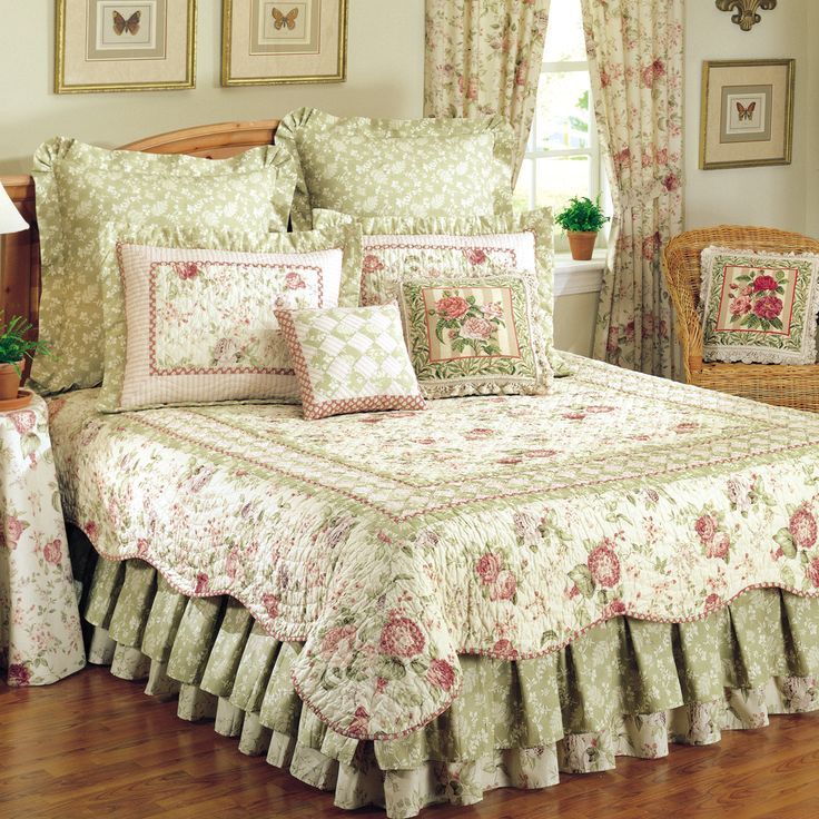 Beautiful floral print quilt.  Made with 100-percent cotton, reversible design, and is machine washable.