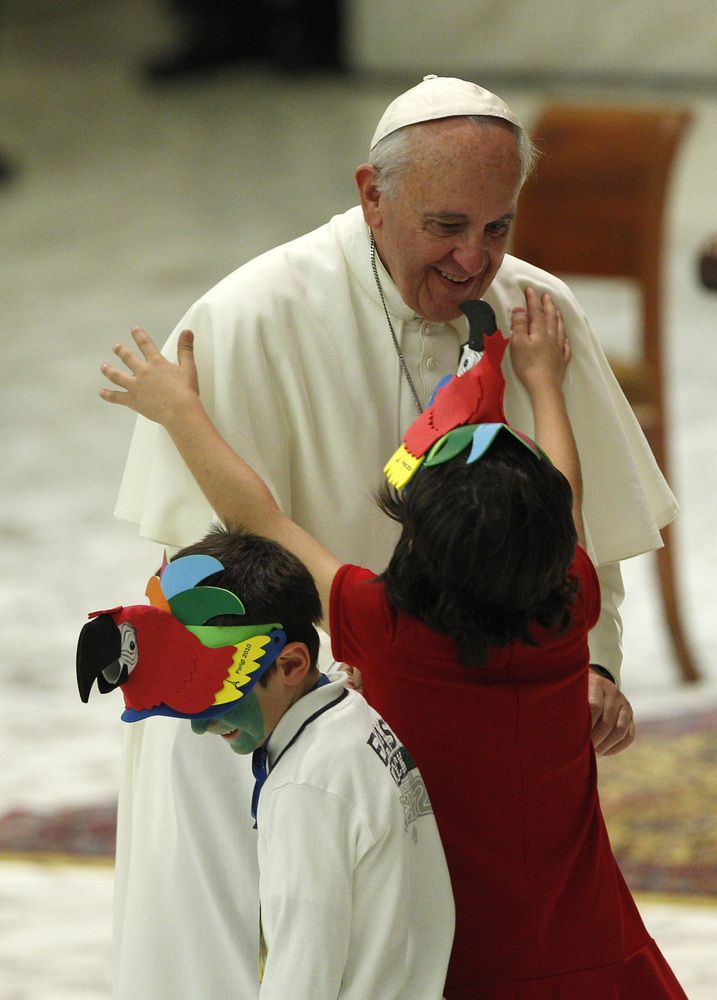 Pope Francis with the children