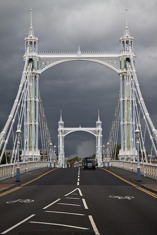 "Albert Bridge, London - ""No Pin Limits"" group: www.pinterest.com/pinbycolor/no-pin-limits"