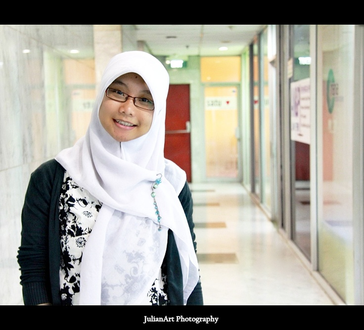 Ria Shaumi - Web Service Operator.  Freelancer, Japan freak, Peace Maker ^^