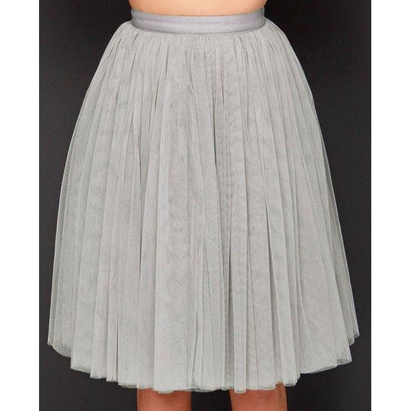 Falda larga de tul gris