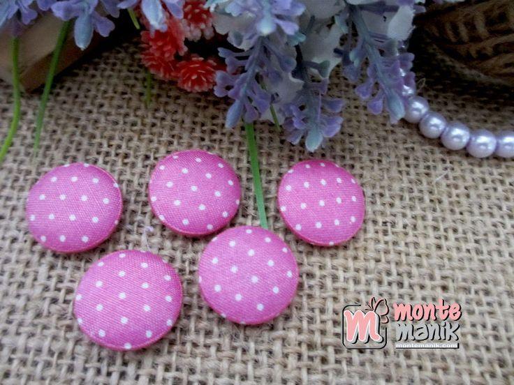 http://montemanik.com/product/kancing-bungkus-polka-kecil-pink-2-cm-kbs-05/ Kancing Bungkus Polka Kecil Pink 2 cm Diameter 2 cm Material Katun Jepang Warna pink Harga / 12 biji kancing  Aplikasi kancing, jual bahan craft, kancing, kancing bungkus, manik-manik, montemanik -  - #AplikasiKancing, #JualBahanCraft, #Kancing, #KancingBungkus, #ManikManik, #Montemanik -