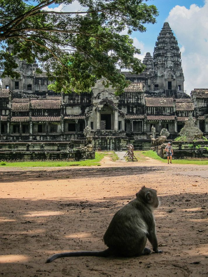 Angkor Wat guide 2 days