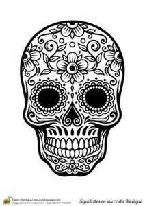 Coloriage crâne en sucre mexicain, fleurs et harmonie - Hugolescargot ...