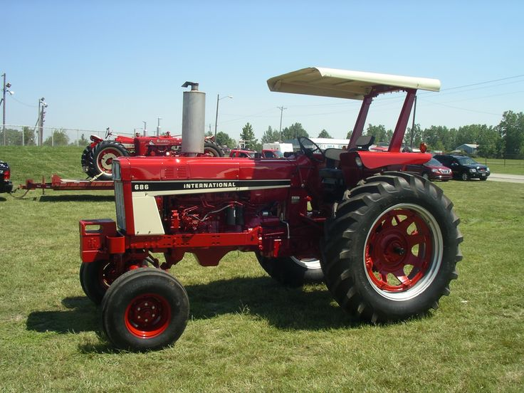 686 International Tractor : Ih red power round up lima oh pinterest