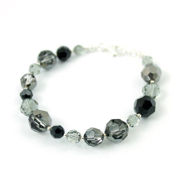 Bracelet made of grey and black Swarovski crystals.