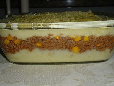 Aprenda a preparar a receita de Escondidinho de batata com carne moída