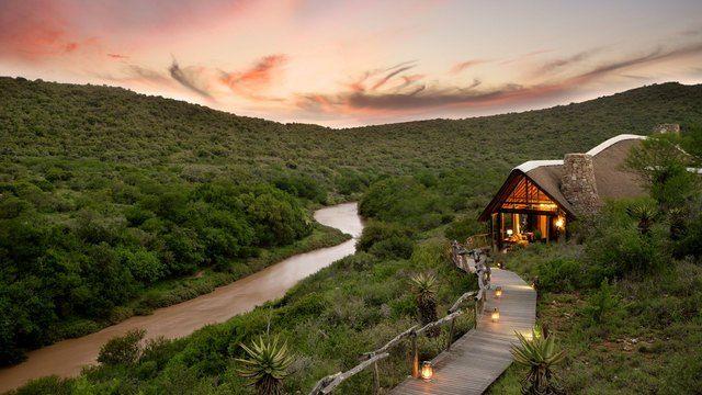 Kwandwe Great Fish River Lodge walkway to main lodge