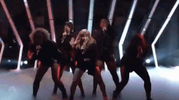 Taylor ||#gif #SNL #NBC #SNLLIVE