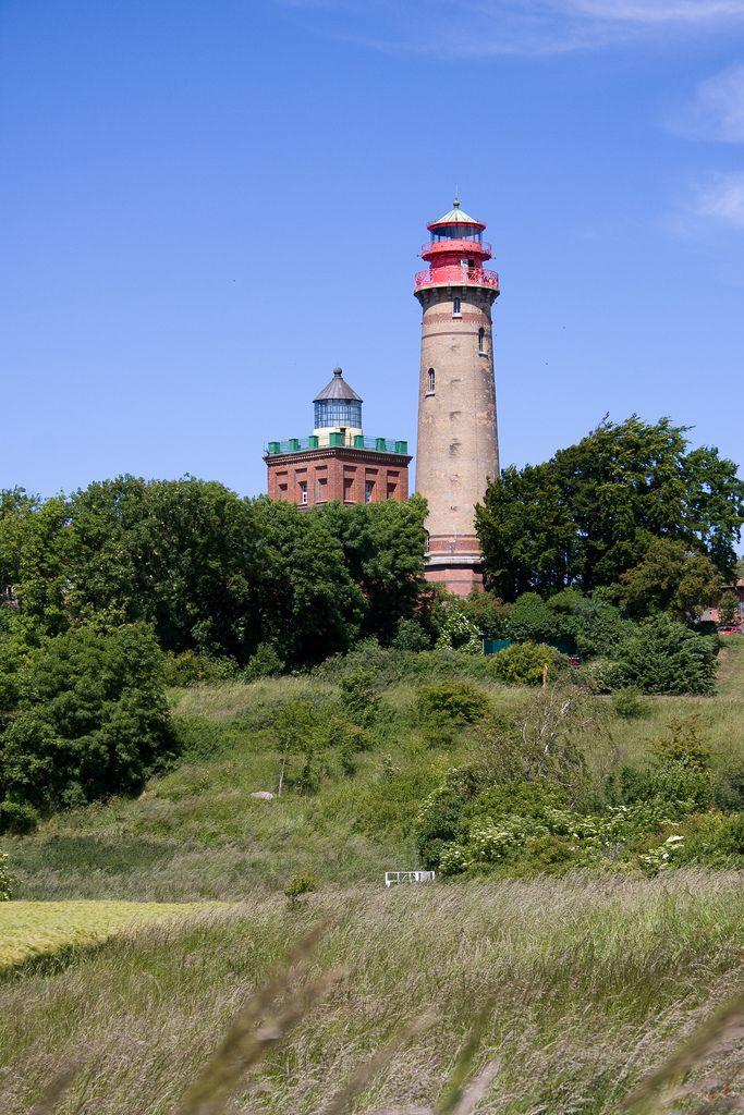 https://flic.kr/p/8xzEEW | Leuchttürme | Kap Arkona | Rügen | Der alte und der neue Leuchtturm am Kap Arkona.
