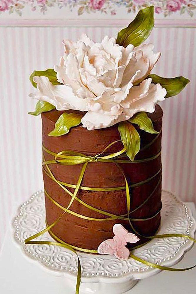 Elegantly Colored Wedding Cakes ❤ See more: http://www.weddingforward.com/colored-wedding-cakes/ #weddings #chocolateweddingcakes