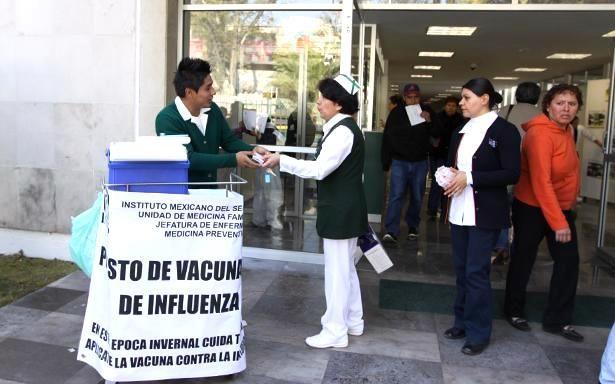 IMSS tiene garantizado de abasto para aplicar 10,864,482 dosis de vacuna contra influenza estacional - http://plenilunia.com/novedades-medicas/imss-tiene-garantizado-de-abasto-para-aplicar-10864482-de-dosis-de-vacuna-contra-influenza-estacional/42651/