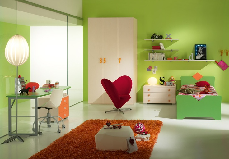 One line was studied in each space enriched with details, which make it original and with personality.http://spar.it/ita/Catalogo/Junior/ONE/Proposta-ONE-215-cd-232.aspx