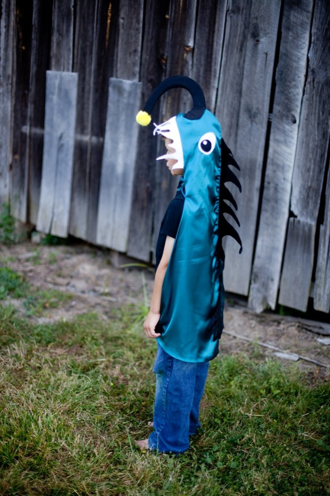 Deep sea angler fish costume kid halloween costume 3d for Angler fish costume