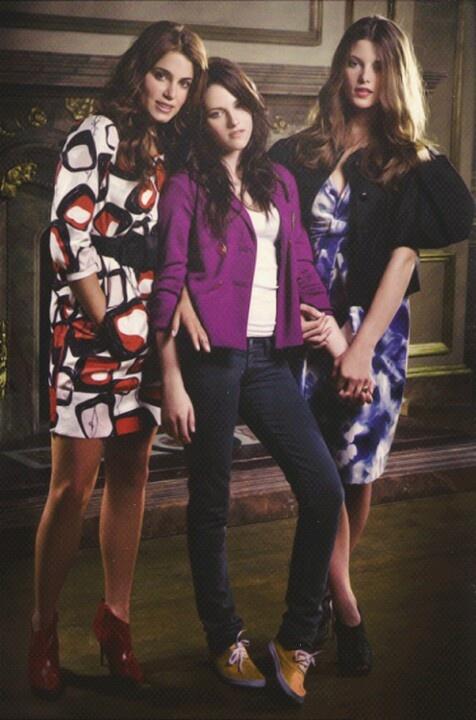 Pics of twilight's girls; Nikki Reid, Kristen Stewart, and Ashley Greene