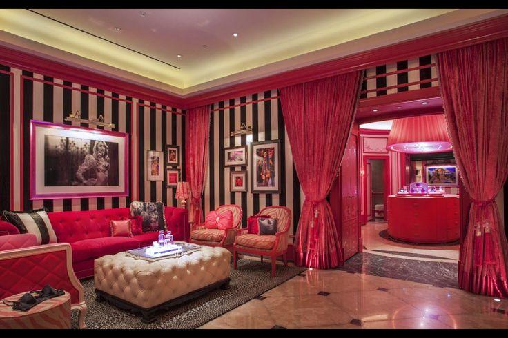 Victoria Secret store -So fun!