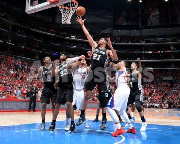 San Antonio Spurs V Los Angeles Clippers Game Two By Andrew D Bernstein Sports Photo 25 X San Antonio Spurs Los Angeles Clippers Sports Posters Basketball