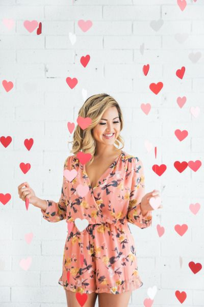Hanging paper hearts: http://www.stylemepretty.com/california-weddings/los-angeles/2015/05/13/romantic-valentines-day-inspired-engagement-session/ | Photography: Kim Le - http://www.kimlephotography.com/