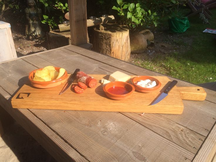 DIY oak cutting/serving board.