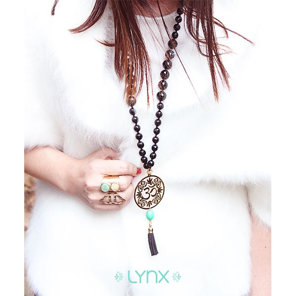 #winter #cold #holidays #snow #rain #christmas #blizzard #snowflakes #wintertime #staywarm #cloudy #holidayseason #season #nature #LynxAccesorios #jewelry #collection #necklace #outfit #women #fashion #accessories