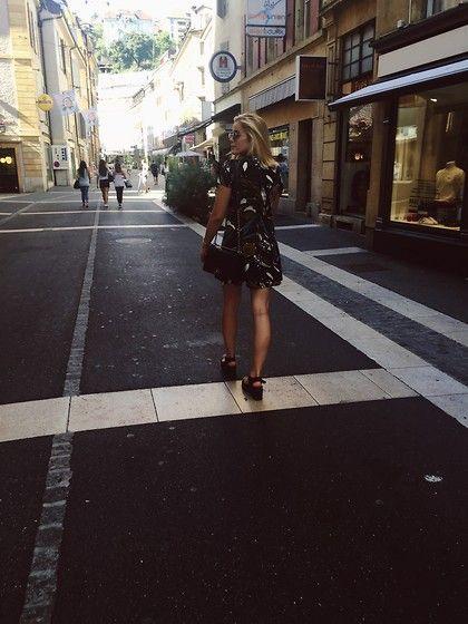 Switzerland lifestyle during summer with Joelles and the #Batashoes #sandals #dress #blackwhite #Swiss #fashion
