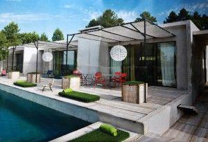 Terrasse et bordure piscine en panneaux de coffrage en bois recyclé DOUGLAS | Outside | Pinterest