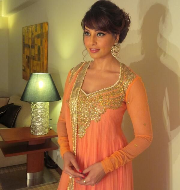 Bipasha in a for http://www.PreetiSKapoor.com/ Churidar Suit