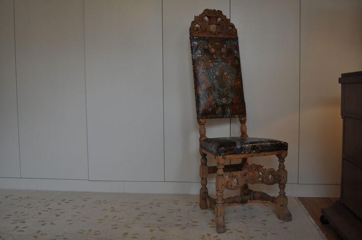 FINN – Barokk gyldenlær stol