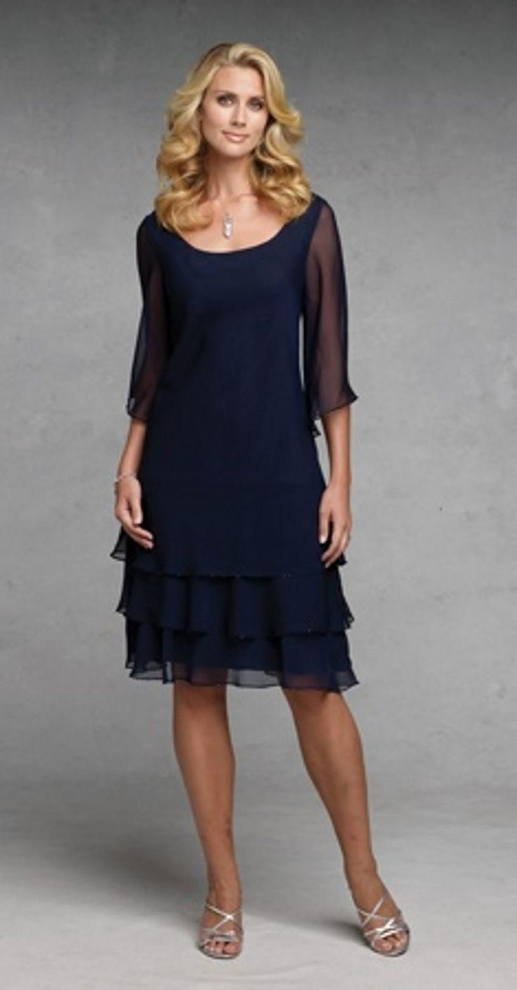 Tea Length Mother Of The Bride Dress Navy Blue Mother Of The Bride Dresses Scoop Neckline Knee Length Tiered Chiffon Women Formal Special Occasion Gowns Half Sleeves 2015 Champagne Mother Of The Bride Dresses From Gardeniadh, $89.01| Dhgate.Com