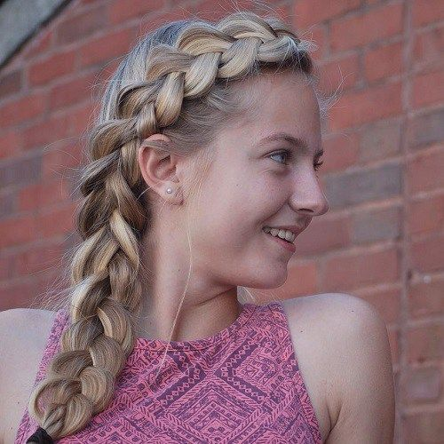 Cute Side Braid Hairstyle For Teens