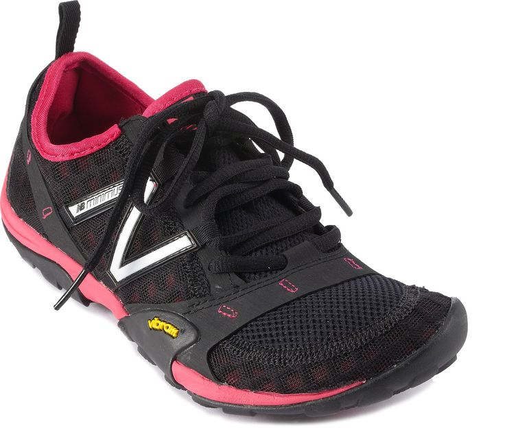 do you wear socks with new balance minimus