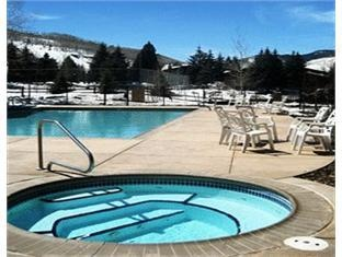 Manor Vail Lodge Hotel Vail (CO) - Swimming pool