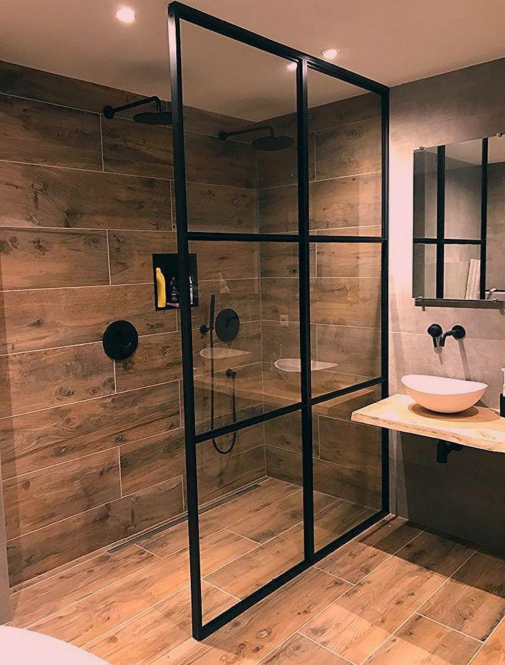 Bathroominspirationen Bathroomideen Badezimmerlandhausstil Badezimmergrau Badezimmerdekoration Kl Kleines Bad Dekorieren Badezimmer Dekor Luxusbadezimmer