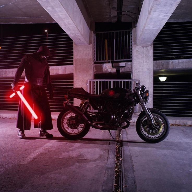 Sith Lord or Jedi Master | @DucatiUSA @U2UMoto has chosen the dark side! Which side will you choose…A Lord or A Master | @StarWars • @DucatiGram #BWL #BikesWithoutLimits #StarWars #DarkSide #SithLord #Ducati #DucatiGram