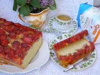 W Mojej Kuchni Lubię.. : z rabarbarem i truskawkami ciasto ucierane...