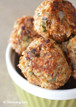 Sage onion balls. Could be served with a slow cooked roast, mmh. There's a little bit of cold weather left for this <3