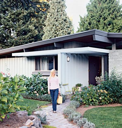 25 best ideas about mid century house on pinterest mid century modern home mid century ranch. Black Bedroom Furniture Sets. Home Design Ideas